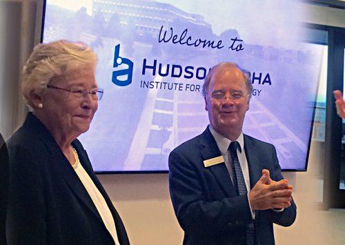 Governor Kay Ivey visits HudsonAlpha